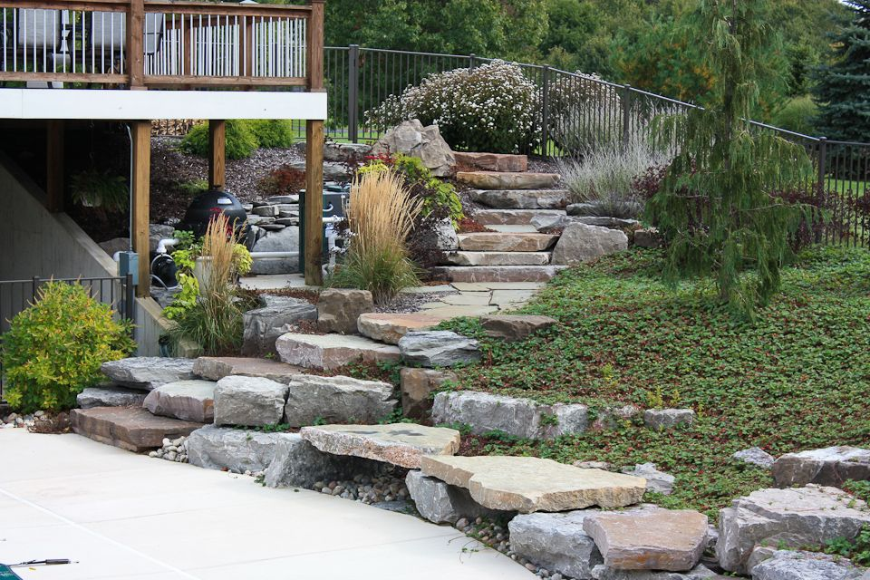 Essex outdoor design west michigan landscape design and for Landscaping rocks grand rapids mi