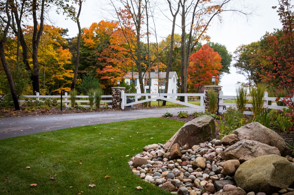 Essex outdoor design west michigan landscape design and for Landscape design michigan